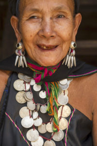 Birmanie3a 200x300 Amis & sourires du monde