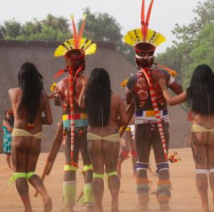 Capture d'écran 2018 09 10 à 21.00.50 300x298 Amazonie / Brésil   Cérémonie du Kuarup